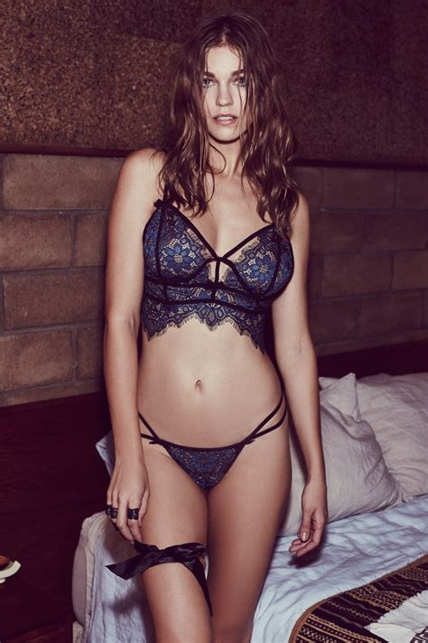 For love and lemons Lookbook 2016 Samantha Gradoville by
