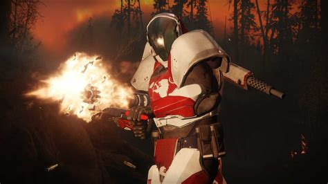 Destiny 2 - this Titan Exotic gets you unlimited grenades