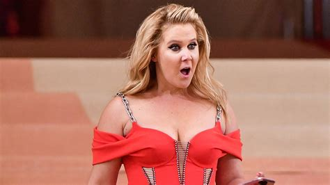 Amy Schumer Shares Anti-Chafing Tip in Instagram Video