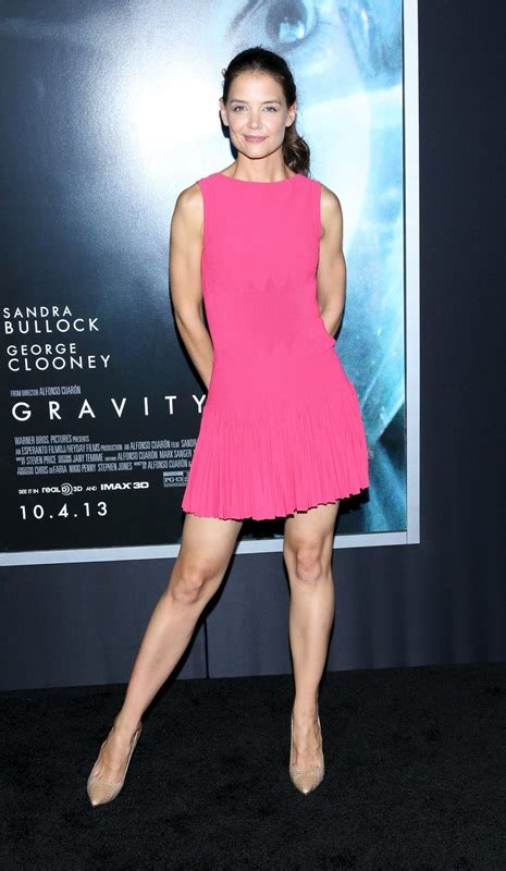 Katie Holmes's posing extra at the Gravity premiere Lainey