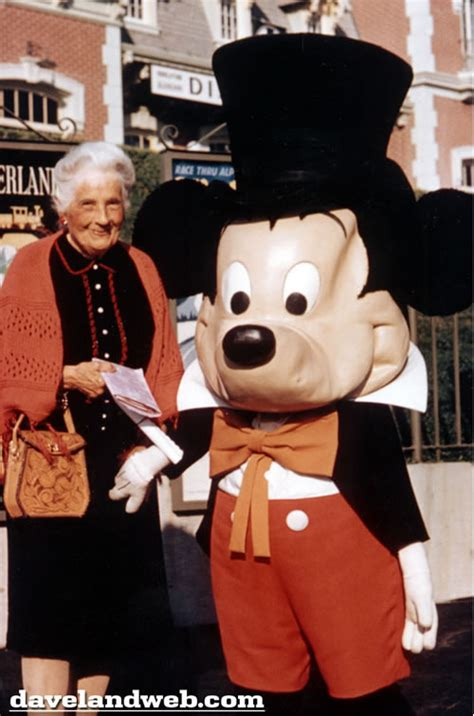 The Early Days of Mickey and Minnie Mouse - Neatorama
