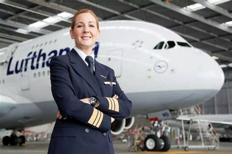 Kerstin Felser is the first woman pilot flying the A380