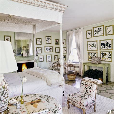 Inside the Opulent Fifth Avenue Apartment of Lee Radziwill