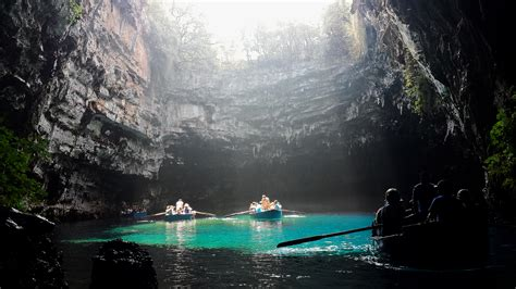 Melissani Cave - Cave in Kefalonia - Thousand Wonders