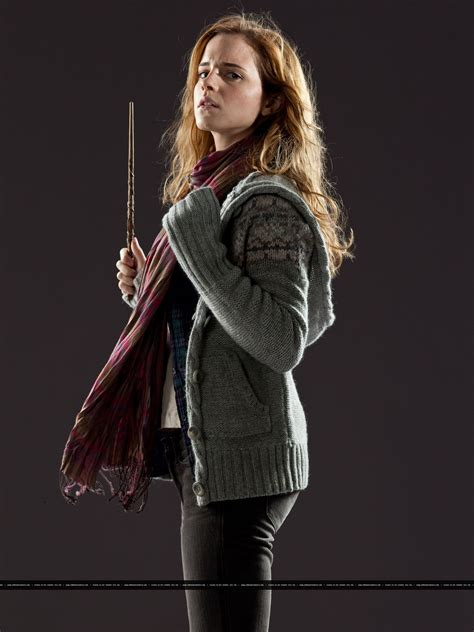 New promotional pictures of Emma Watson for Harry Potter