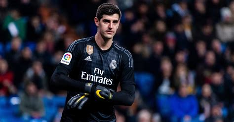 Atletico Fans Launch Rats at Real Madrid Goalkeeper