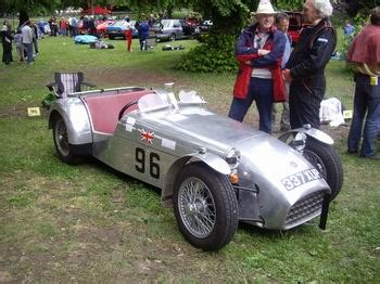 Other competing cars: 1959 Lotus Series 1A