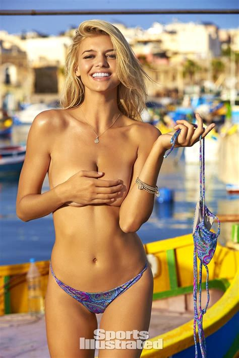 Baywatch Babe Kelly Rohrbach Shines In Sexy 2016 Sports