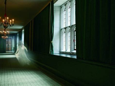 Ghost Tours at Hampton Court Palace   Things to do in London