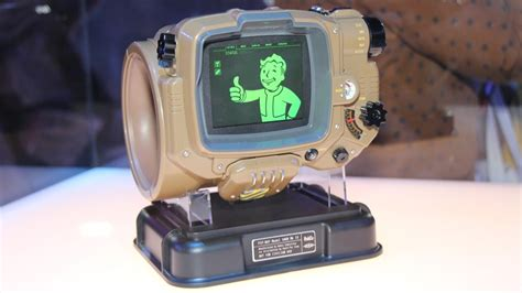 Fallout 4 Pip-Boy Edition Weighs About Five Pounds