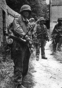 Famous photo, Otto Funk and his unit in Normandy - WW2