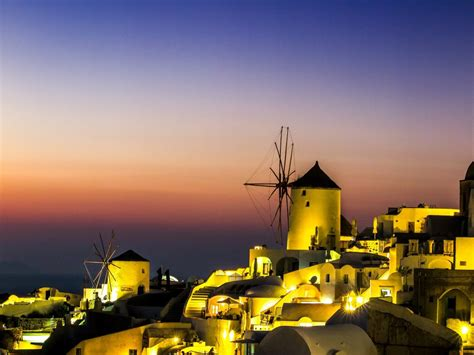 14 Best Places To Visit in Greece - Goats On The Road